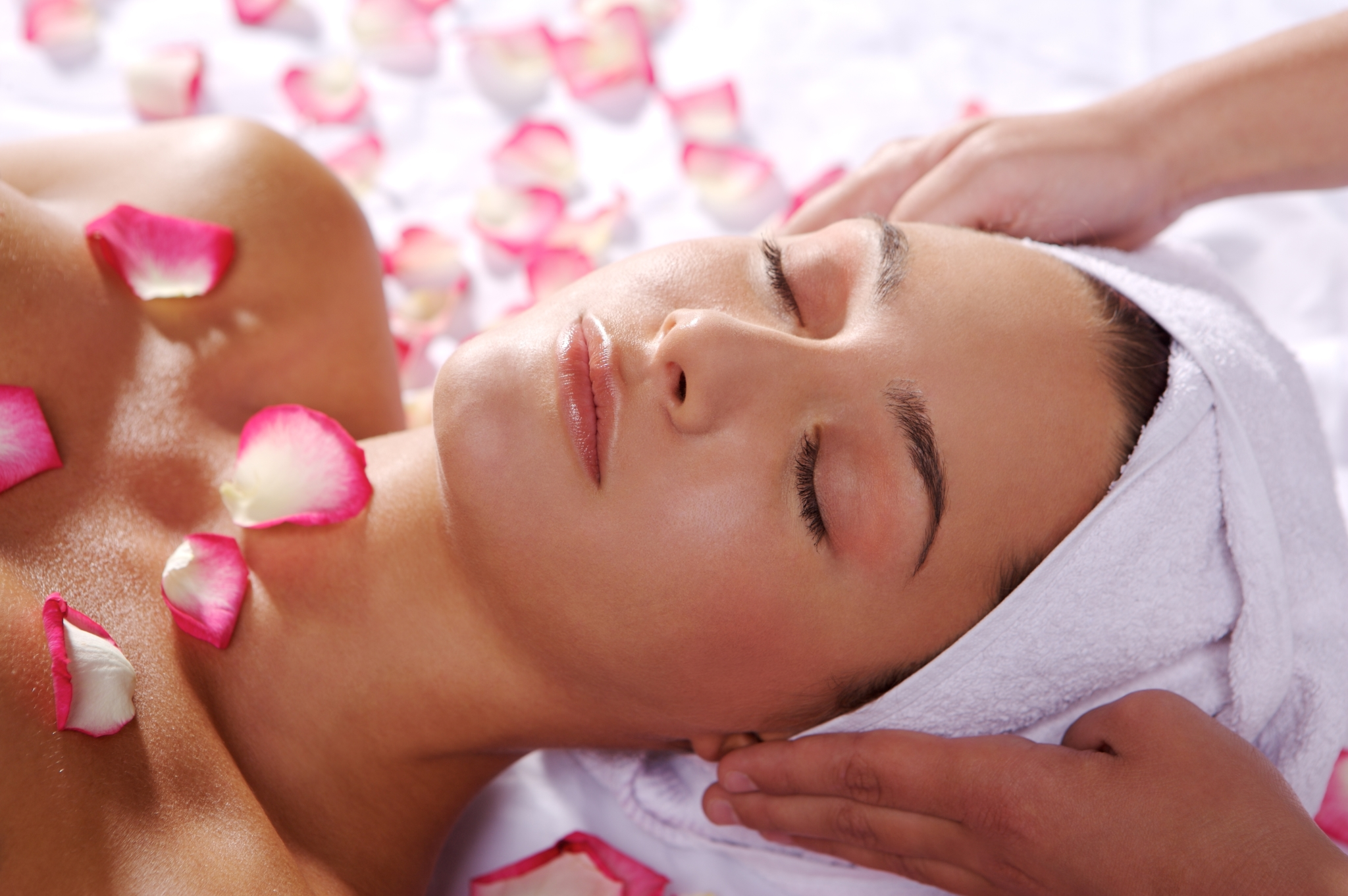 Amazing Benefits of Aromatherapy Facials